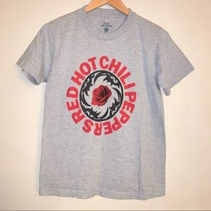 Red Hot Chili Peppers Logo T-shirt Large Women